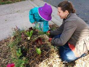 Planting flowers Elah w Katie